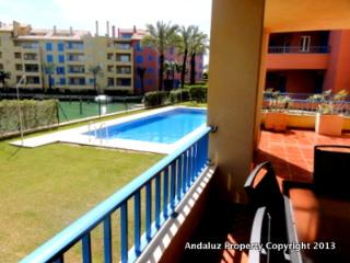 Guadalmarina II Ground floor luxury apartment, Sotogrande