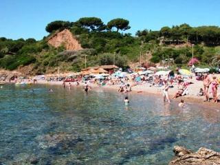 Bel trilocale a 2 passi dalla spiaggia di Reale (Porto Azzurro)