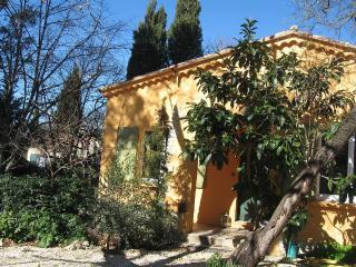 Maison lumineuse et confortable 84m² sur terrain, Saint-Cannat