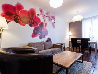Duplex cosy pour 4 personnes, 2 chambres, centre ville & gare de Reims