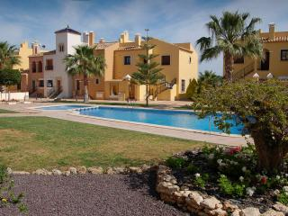 La Finca Golf Retreat, luxury holiday bungalow, Algorfa