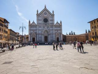 Right in the heart of Florence, Santa Croce