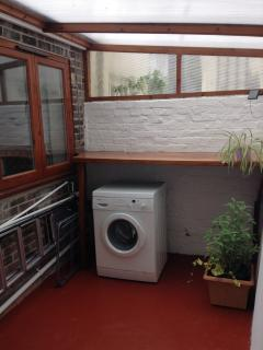Enclosed washing and drying area