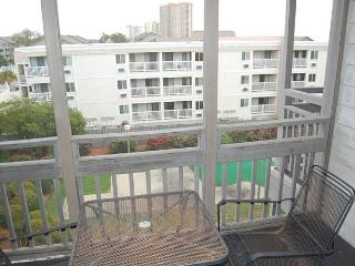 Affordable 3 Bedroom Pelican's Landing Condo in Myrtle Beach