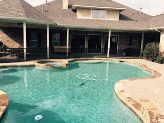10 Acre Country Estate minutes from outlets, McKinney