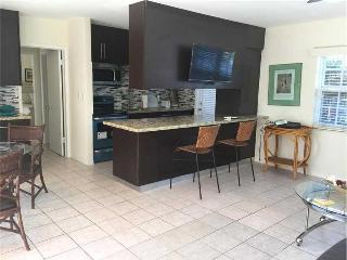 Spacious one bedroom apartment, Fort Lauderdale