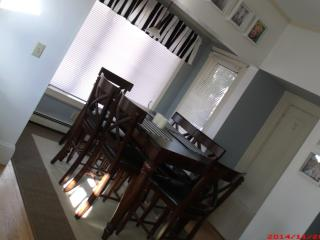 Classy, Fully Furnished 1-bedroom Apt. in a House, Portsmouth