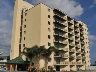 Beautiful 2 BR/2 BA Ocean View, Daytona Beach