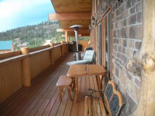 The Lodge at Duck Creek Eagles Lookout Suite