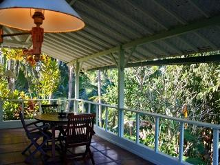 Outdoor Verandah Dining with view to Jungle Gorge