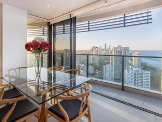 Oracle Resort 2 Bedroom - Level 28 Ocean View, Broadbeach