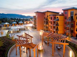 Lakeview Condo at Playa Del Sol, Kelowna