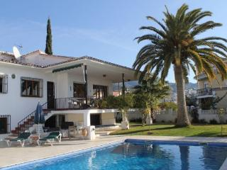 Magnificent Seven Bedroom Detached Villa with Private Pool in Nerja Town