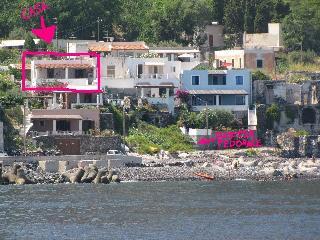 appartamentino in riva la mare-Acquacalda -Lipari