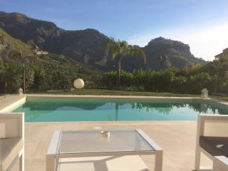Villa Mastrissa design Apartment, Taormina