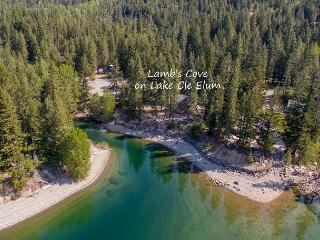 3-for-2 Special! Postcard setting on the shores of Lake Cle Elum!, Ronald