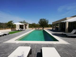 Moderne Villa mit 16mtr. Pool, Ibiza