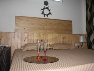 Swiss Cottage Chail