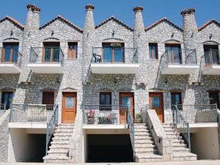 Stone Villa Anna, Paralio Astros