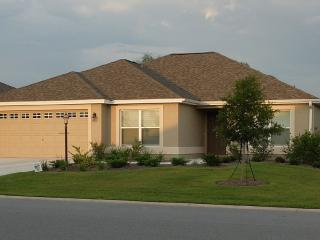 Beautiful New Designer Home-Minutes to Brownwood, The Villages