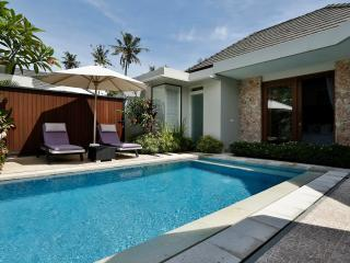 BEACHFRONT 2/BR KEJORA  LUXURY VILLA, Sanur