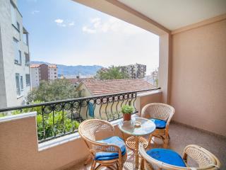 Apartments Spin - One-Bedroom Apartment with Balcony 1, Budva
