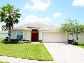 3 bed Cozy & Economical Pool Home, Mid Florida
