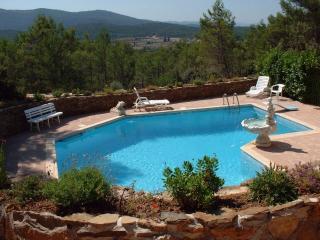 Rez de villa  de 70 m2 avec piscine de 90 m2
