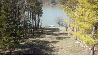 Lake Front Paradise