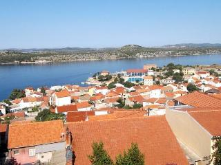 Sea view duplex in the center of Šibenik