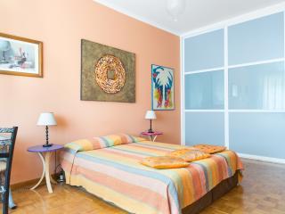 En Suite Bedroom (door to the right)