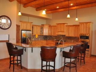 Westside Luxury 3700 sq ft! Family-friendly!, El Paso