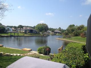 Palm Coast, Fl. On The Canal