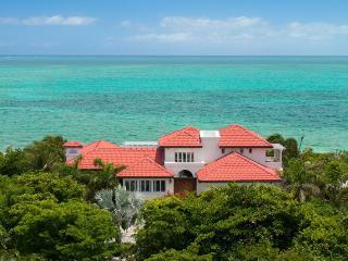 Dawn Beach Villa, Providenciales