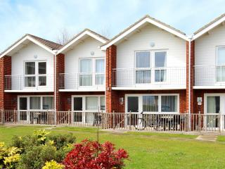 Clifftop Villa - 47 Waterside Park, Corton