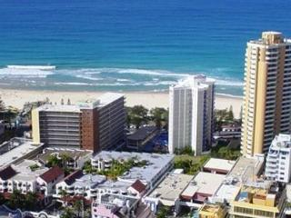PRIVATE APARTMENT CIRCLE ON CAVILL, Surfers Paradise