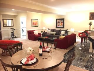Luxury Huge  Furnished  4 bedrooms  Close to D.C.