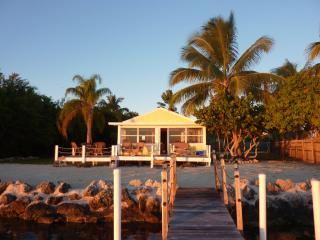 Waterfront Cottage, Big Pine Key
