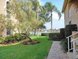 Spacious condo with southern exposure and wide lake views, Bonita Springs