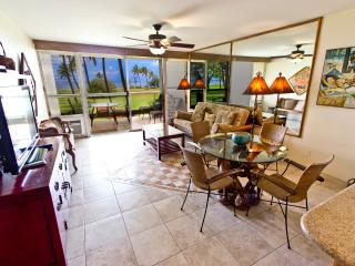 Oceanfront in Mellow 24-unit Condo, Central Kihei