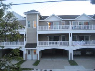218 E Poplar - Condo with Additional Suite Access, Wildwood