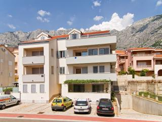 Cozy apartment Gracin in Makarska for 6+2 person