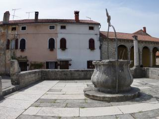 Istrian house on the main medieval square, Svetvincenat