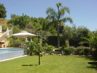 Hollydais Villa  - Sierra Blanca Country Club, Istán