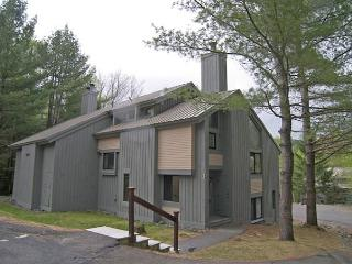 C1081- Managed by Loon Reservation Service - NH M&R:056365/Business ID:659647, Lincoln