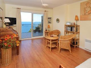 Apartment near the beach. Great views! 3 bedrooms. Costa Brava, Spain, Tamariu