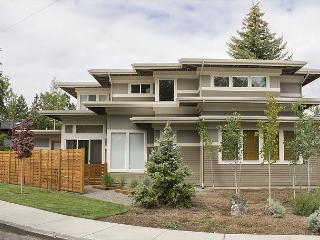 Frank Lloyd Wright's design in this amazing home in downtown Bend