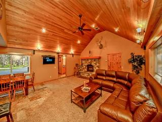 Moose Lodge near the Lake!  4BR | 3BA | Sleeps 11 | Specials!