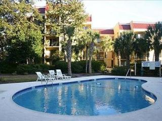 Xanadu Villa A17  3 Bedroom 2 and 1/2 Bathroom Poolside Flat  Hilton Head, SC