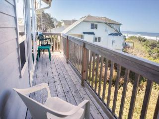 Spectacular Ocean Views and Sparkling Charm